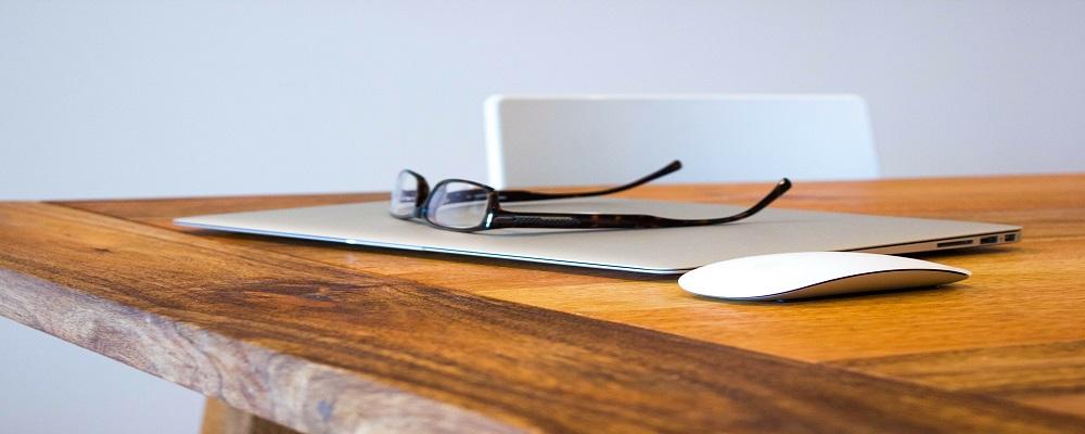 Licitación adquisición ordenadores portátiles y su mantenimiento para Correos