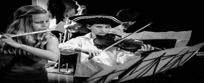 """Licitación servicios de doce producciones audiovisuales del proyecto """"València és Música"""""""