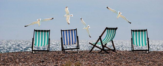 Adjudicación material promocional de playa para Turismo y Deporte Andalucía