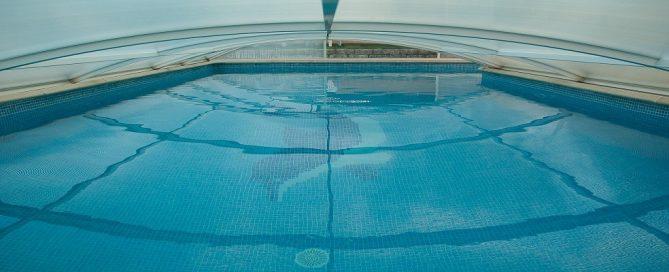 Adjudicación Barcelona subministrament deshumectadora piscines