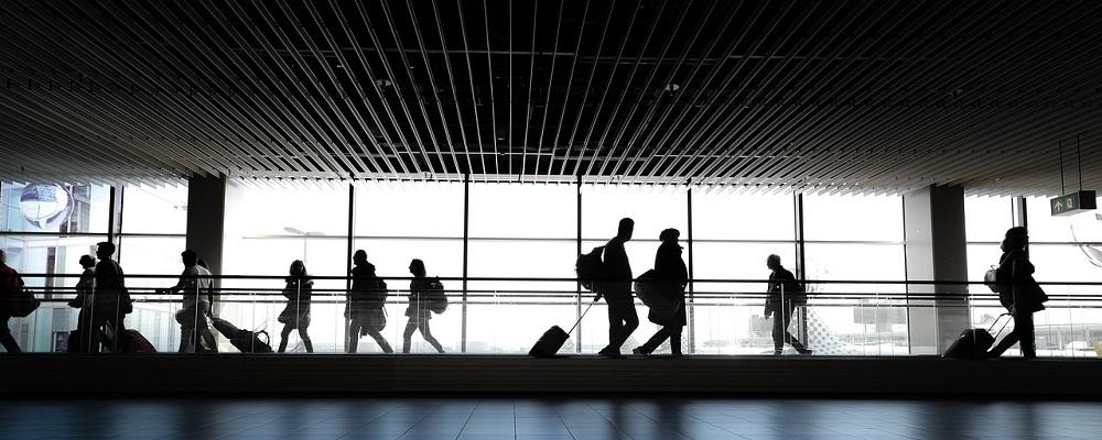Licitación suministro mostradores embarque en Aeropuerto Madrid-Barajas para AENA