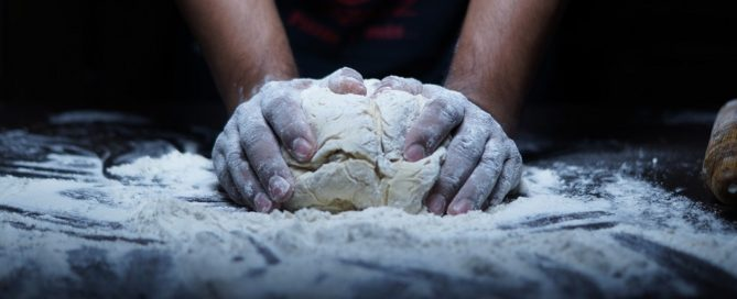 Adjudicación suministro de pan y bollería congelada para Paradores de Turismo