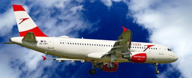 Adjudicación suministro de vinilo para pasarelas del Aeropuerto de Vigo, Pontevedra