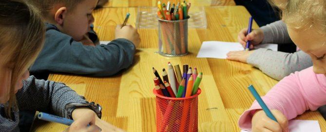 Licitación servicio educativo de las Casas de Niños de Alcorcón, Madrid