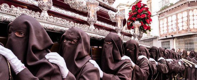 Licitación servicio retransmisión Semana Santa 2020 para RTVM, Madrid